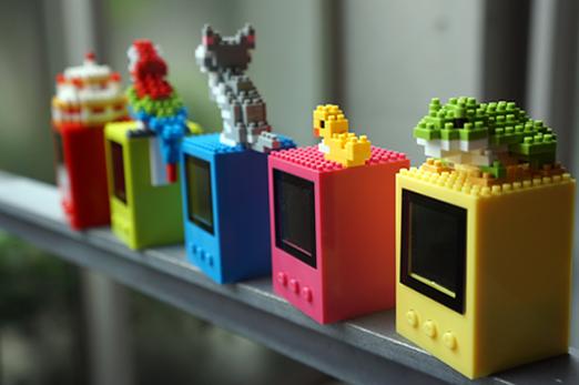 デスクをオシャレに彩る『nanoblock(ナノブロック) 1.5インチデジタルフォトフレーム』が可愛いい!