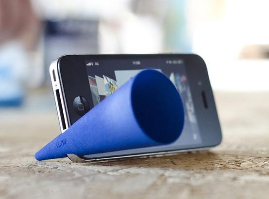 メガフォーーンをiPhoneに装着だ!欲しいものは3Dプリンタで作っちゃえ!