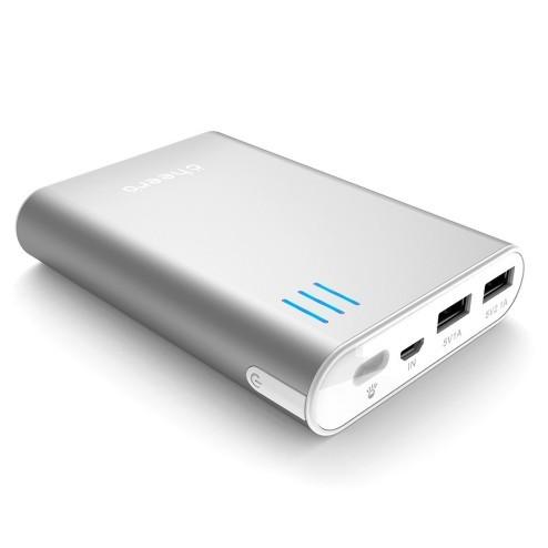 iPhoneとiPadを充電してもお釣りがくる!あのバカ売れ超大容量バッテリーがパワーアップ!
