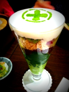 【グルメニュース】京都の老舗 中村藤吉本店を贅沢に味わえる『まるとパフェ』がウマすぎる!