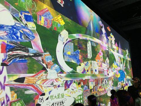 子連れ家族で超激混みの「チームラボin日本科学未来館」へ車で行って楽しむために、駐車場の心配などその他準備して行った方がいいことを5つ紹介します。