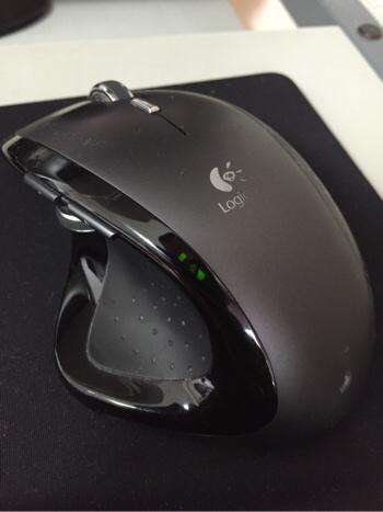 お気に入り品「ロジクール MX レボリューション MX-R」のマウスの動きが悪いので10秒で応急対処をしてみた。
