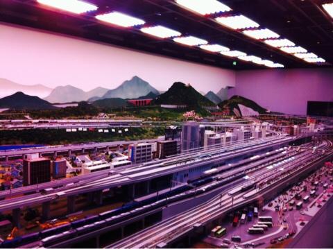 新幹線の指定席と自由席の料金差、距離が近いとメッチャ割高だから気おつけよう!